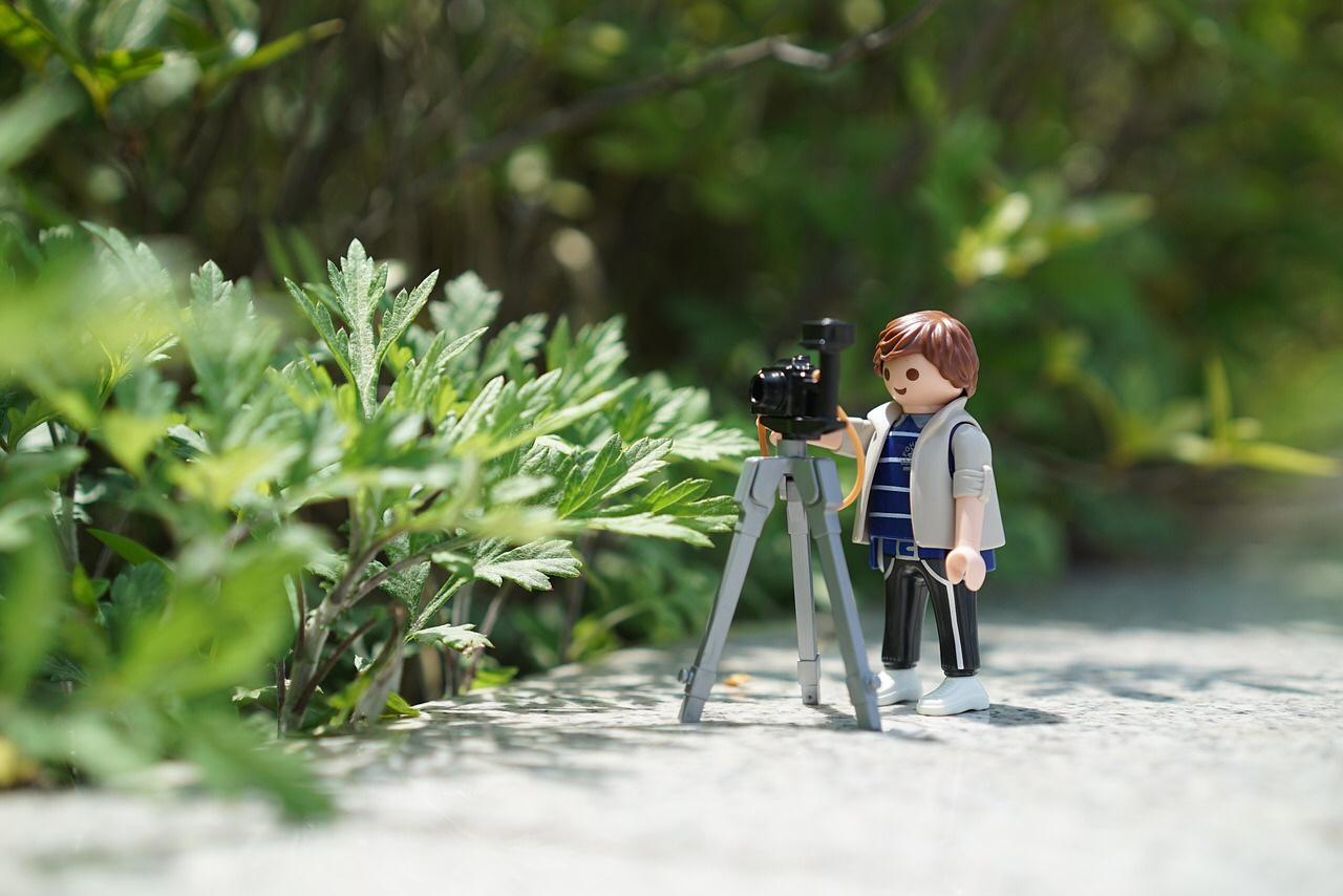 あなたの不要なカメラの三脚ありませんか?買取してますよ。