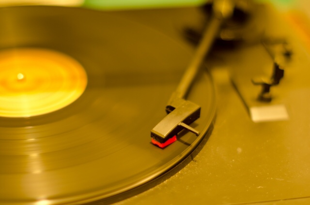 レコードプレーヤーの買取販売ならライフスタイルギャラリーまで/LINE査定&店舗買取してますよ