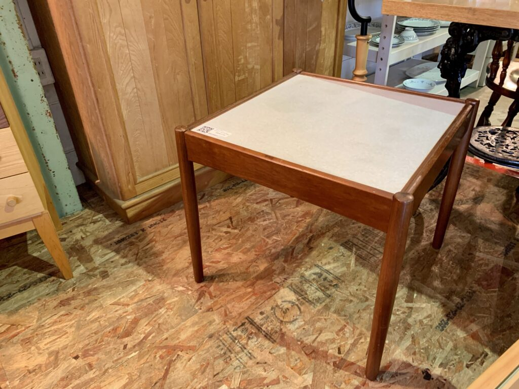 オールドマルニ ビンテージ サイドテーブル
